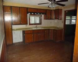 W 10th St - Coffeyville, KS Foreclosure Listings - #28850013