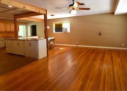 E Tom Green St - Brenham, TX Foreclosure Listings - #28869206