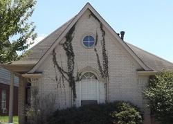 Falling Bark Dr - Memphis, TN Foreclosure Listings - #28954316