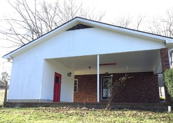 Lilac Dr - La Follette, TN Foreclosure Listings - #29069989