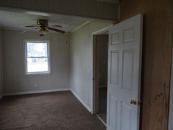S Mountain St - Smithville, TN Foreclosure Listings - #29093287