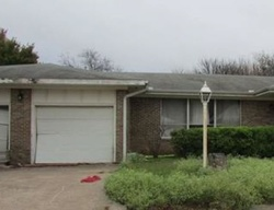 Raymond St - Bowie, TX Foreclosure Listings - #29102315
