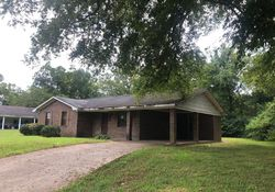 W Vine St - Aberdeen, MS Foreclosure Listings - #29470267