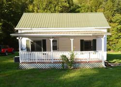 Thacker Dr - Oliver Springs, TN Foreclosure Listings - #29470527