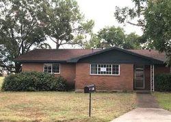 Jefferson St - Bowie, TX Foreclosure Listings - #29497453