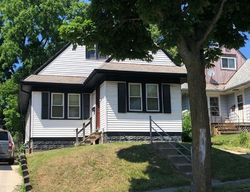 W Roder Ct - Milwaukee, WI Foreclosure Listings - #30003050