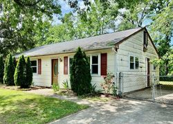 Coville Dr - Browns Mills, NJ Foreclosure Listings - #30023495