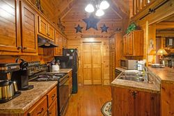 Headrick Lead - Sevierville, TN Foreclosure Listings - #30042455
