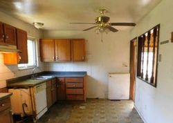 Castle Dr - Saint Louis, MO Foreclosure Listings - #30061658