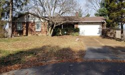Oak Branch Dr - Saint Louis, MO Foreclosure Listings - #29479028